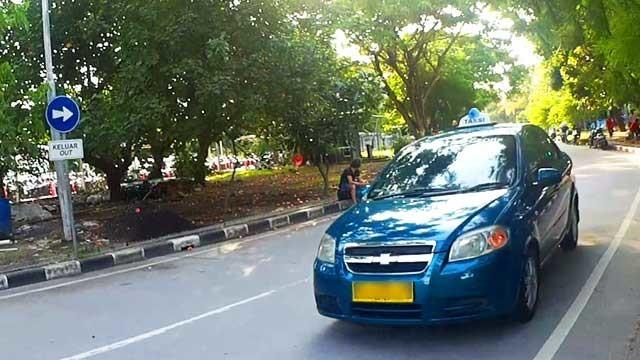バリ島空港タクシーを格安で使う方法