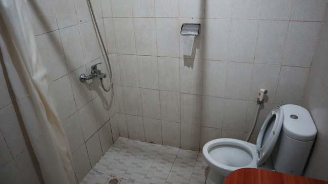 シャワーとトイレの距離感