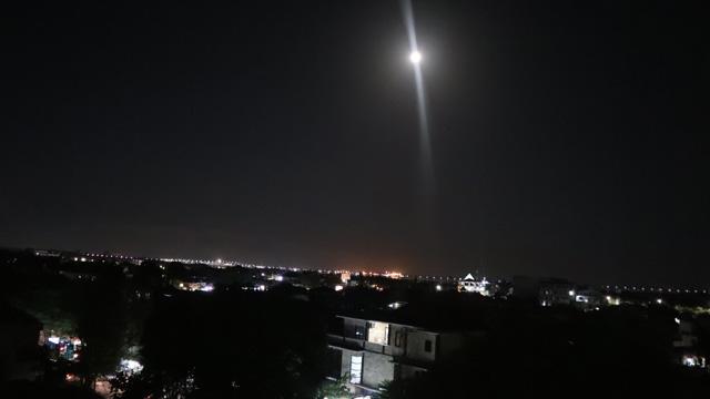 ジンバランの夜景